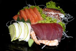 http://www.sushitakeda.com.br/wp-content/uploads/2011/07/sashimi1.jpg