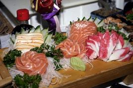 http://www.sushitakeda.com.br/wp-content/uploads/2011/07/sashimi2.jpg